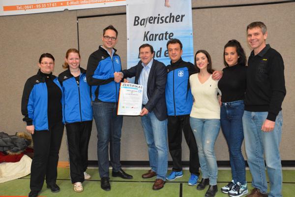 Zertifikatübergabe BKB Karate SV Ingolstadt Haunwöhr