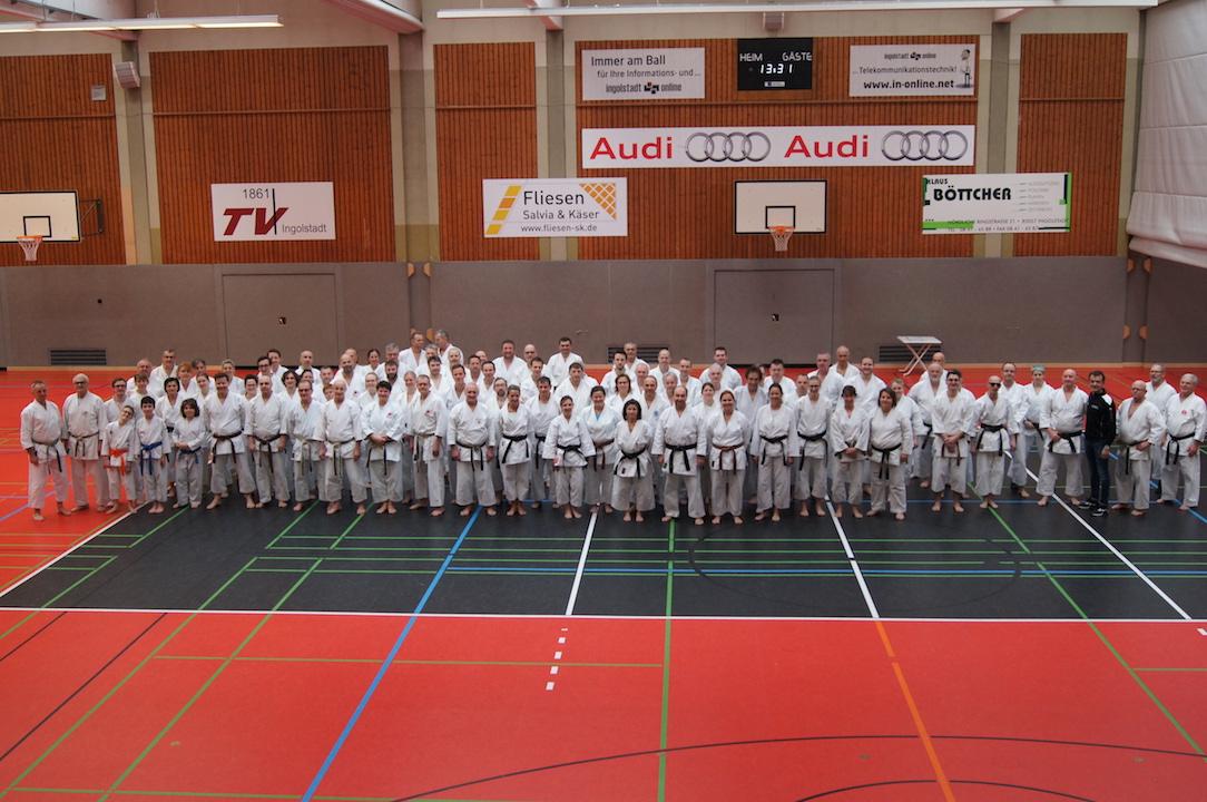 Karatelehrgang mit Roland Lowinger 9. Dan und Helmut Körber 7. Dan